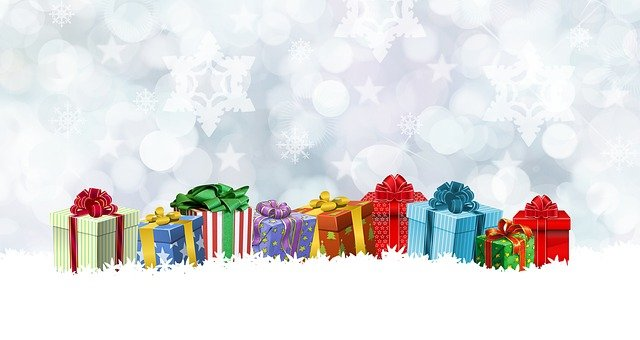 Maven Moment: Holiday Gift Wrapping