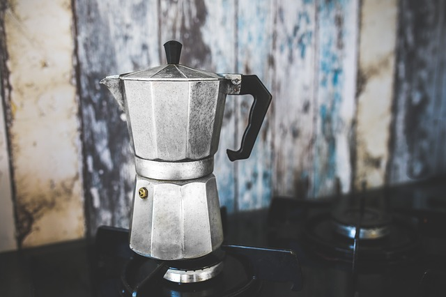 maven moment the old coffee pot